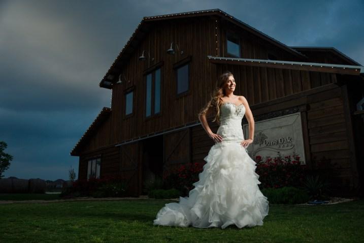Hannah Bridals at Lone Oak Barn, Round Rock, Austin Photographers, Hannah and Charlie Wedding