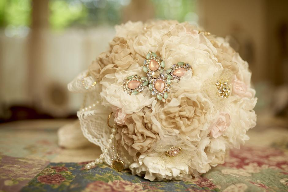 Antique Style Bridal Boquete