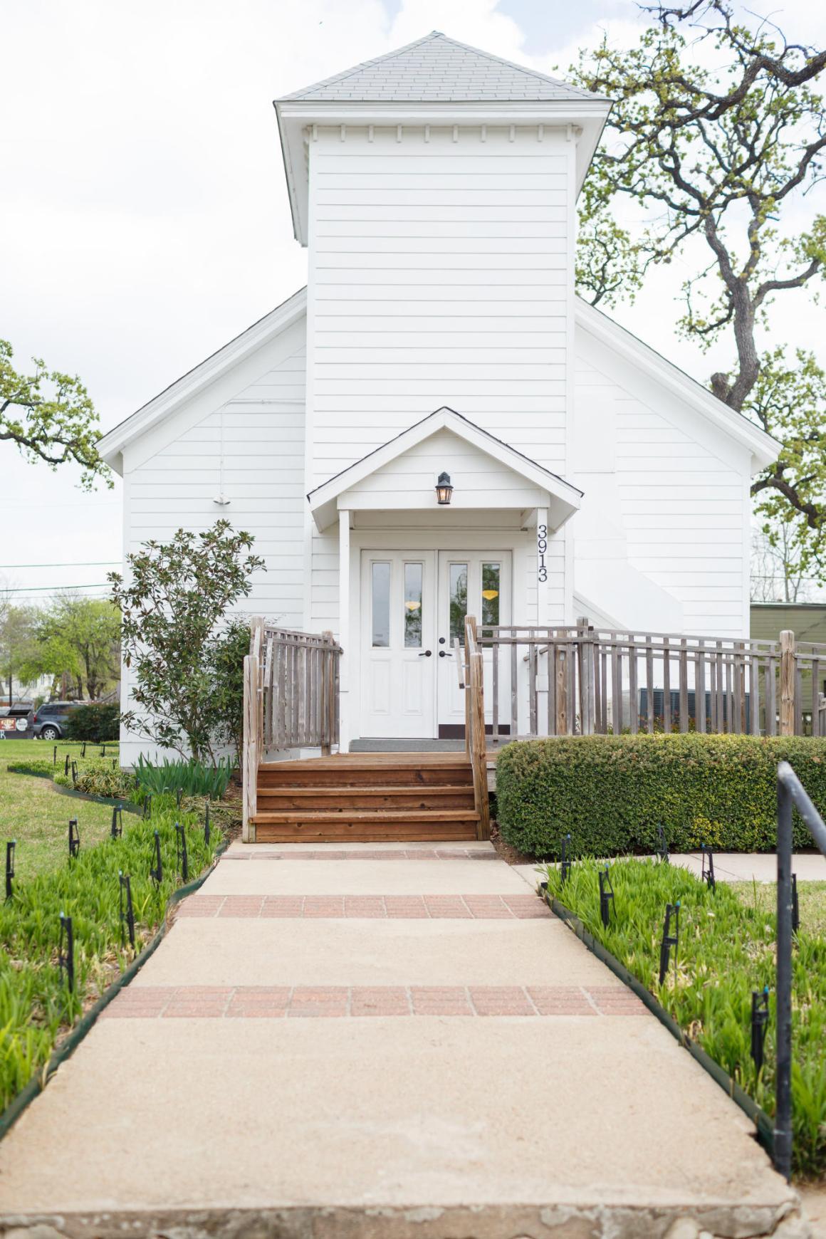 Joshua and Brittany Wedding -Hyde Park Presbyterian Church in Austin, TX.