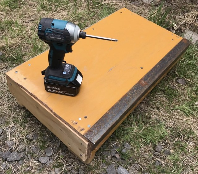 持ち運べるカーブボックス,portable ledge, instaledge,skateboarding,skateboard,DIY,スケートボード,スケボー,ボックス,カーブボックス