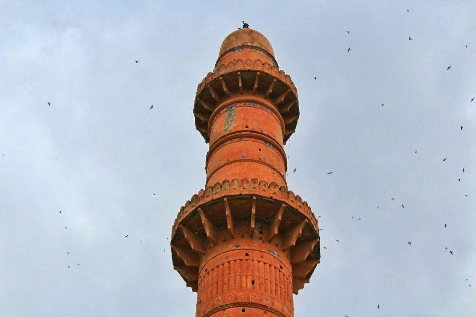 31 daulatabad fort - aurangabad - maharashtra - india - azure sky follows