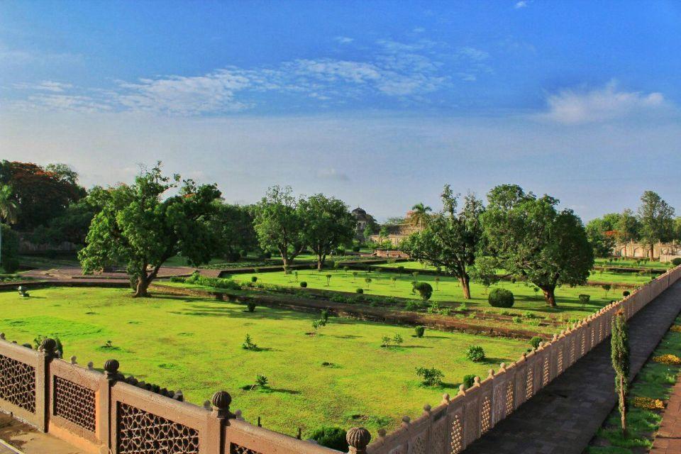 Aurangabad Taj Mahal 38 Bibi ka Maqbara Aurangabad Azure Sky Follows Tania