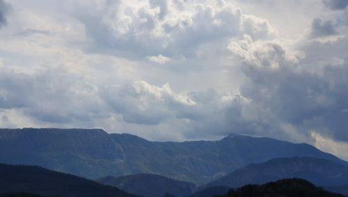 © Азурка. Дождь в Провансе. Наводнения в Приморских Альпах.. Наводнения в Приморских Альпах