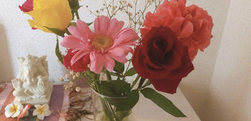 ガネーシャと花