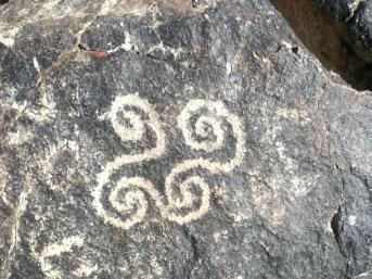 az-petroglyph-southmtn