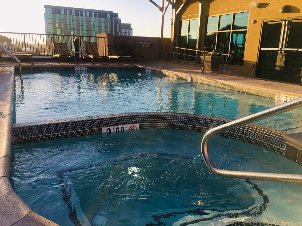 Residence Inn Tempe Downtown/University rooftop sundeck with pool, spa and fire pit.