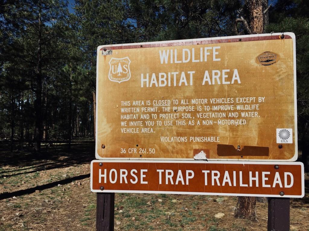 Horse Trap Trailhead signHorse Trap Trailhead signHorse Trap Trailhead sign