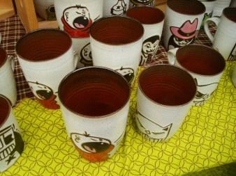 Tazas cerámicas que parecen de lata, Danmade (Danmade.Etsy.com)