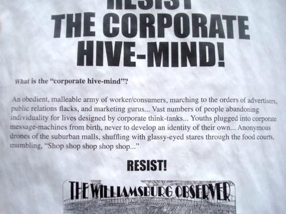 Escape the Corporate Hive-Mind! En Williamsburg, Brooklyn