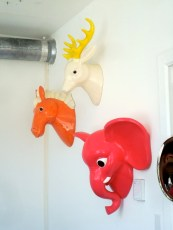 Cabezas de animalitos en cerámica en The Future Perfect (Williamsburg, Brooklyn)