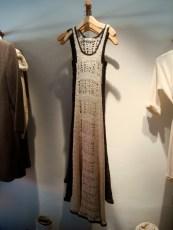 Vestido tejido en forma artesanal