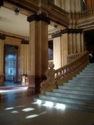 Detalle de la escalera de la entrada