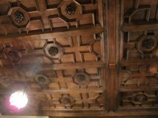 Techo de madera en el Salón de baile