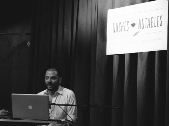 Martín Churba habla en el ciclo Los Notables. Foto
