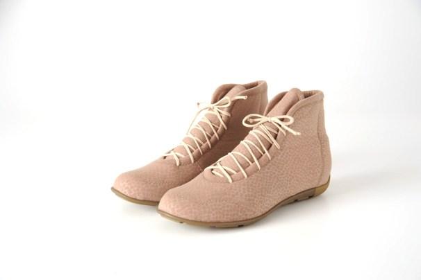 Zapatillas de neoprene de Doblele. Foto