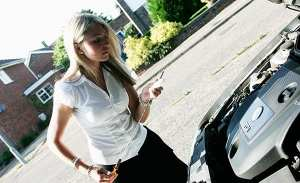 woman_and_car2