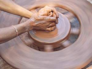Spinning art out of mud!