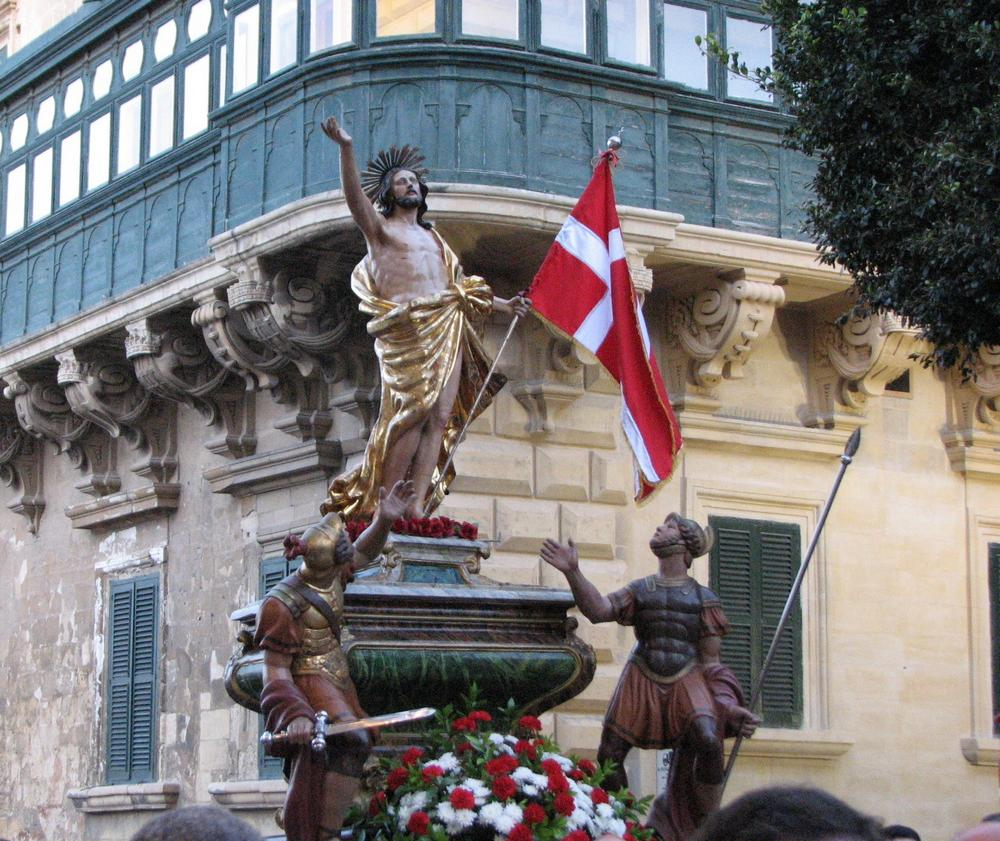 md12-valletta-easter-morning-procession
