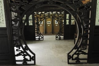 5- Chinese round door Xitang