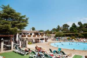3-Swimming pools at Esterel Caravaning