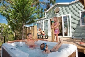 mobile home with a Jaccuzi at Esterel Caravaning