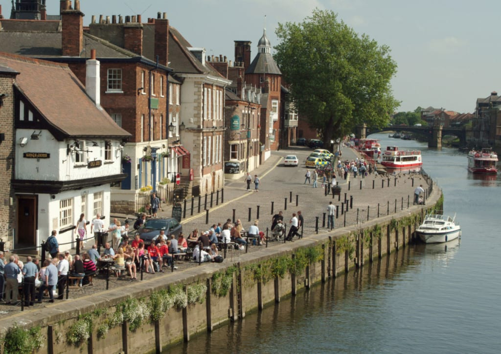 River Ouse and Kings Arms Pub. Photo Paul Crossman, Visit York Images