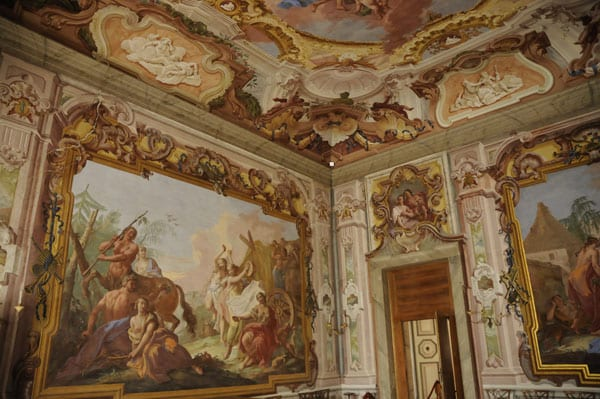 Room in Villa Pisani