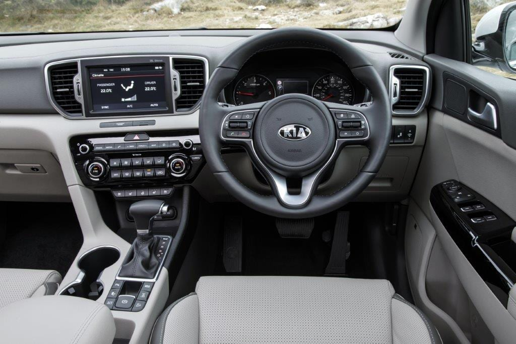 1137168_Sportage First Edition 2.0 CRDI AT6_170
