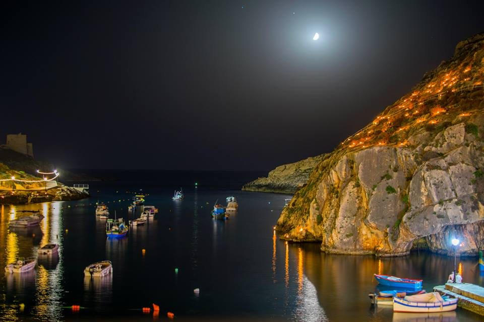 -xlendi-bay-by-night