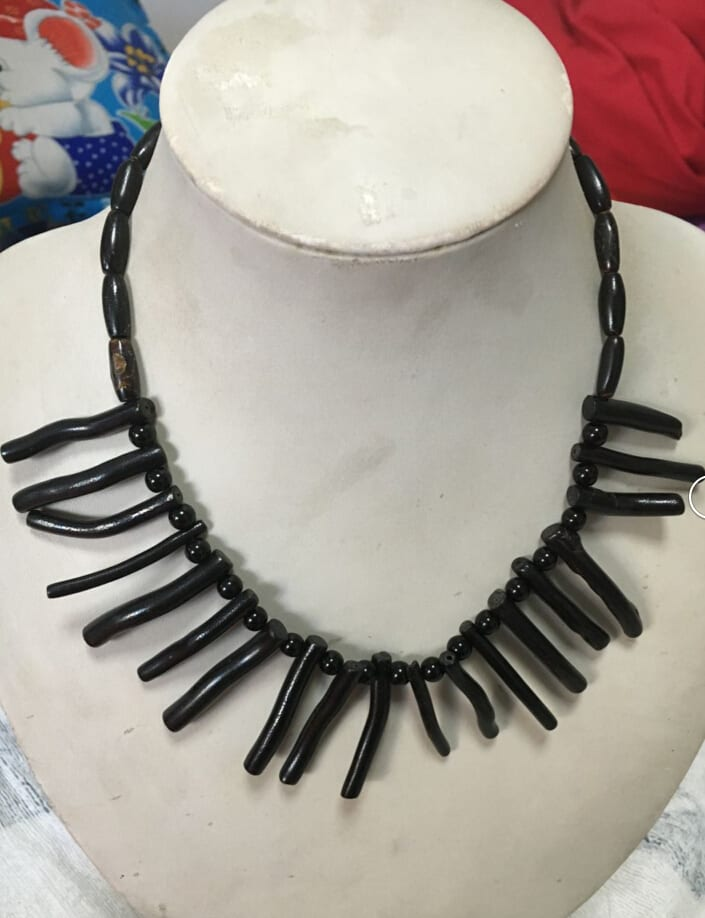 Black-coral-jewelry