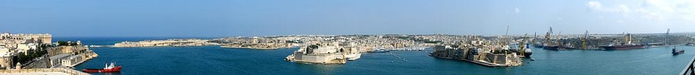 a-panoramic-view-of-the-grand-harbour