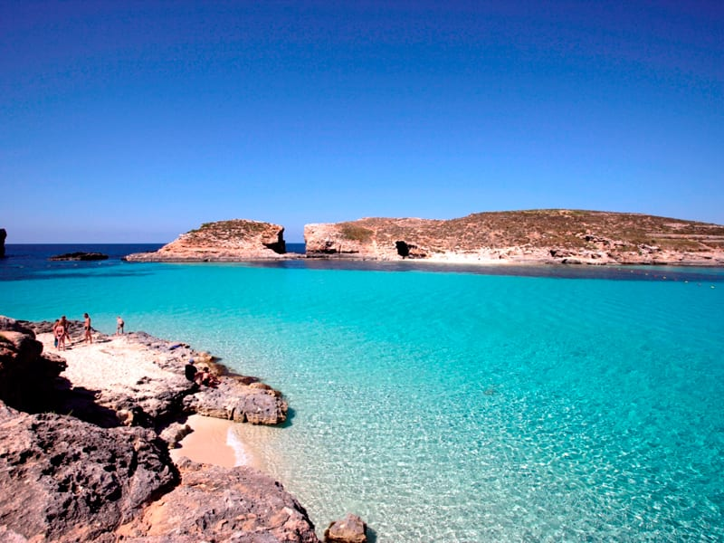 Blue-Lagoon-in-Comino