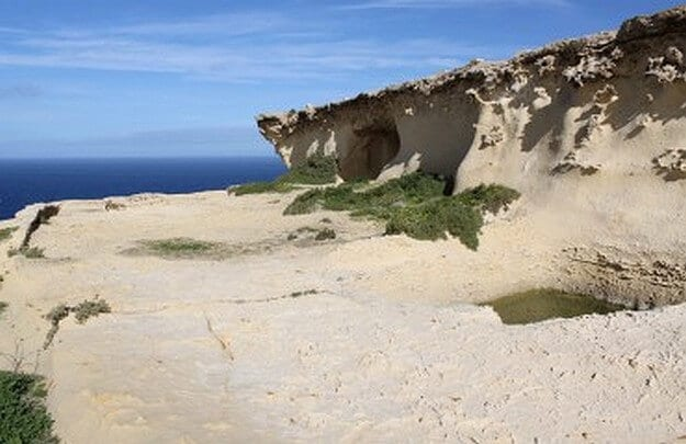MalDia Sactuary disovered at Ras il Wardija in Gozo where a Tanit inscription was found sculpted in the wall