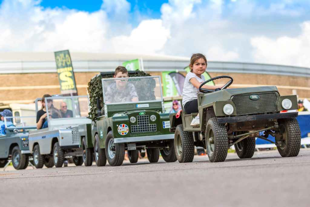 Pic Land Rover show Photo courtesy of BMM