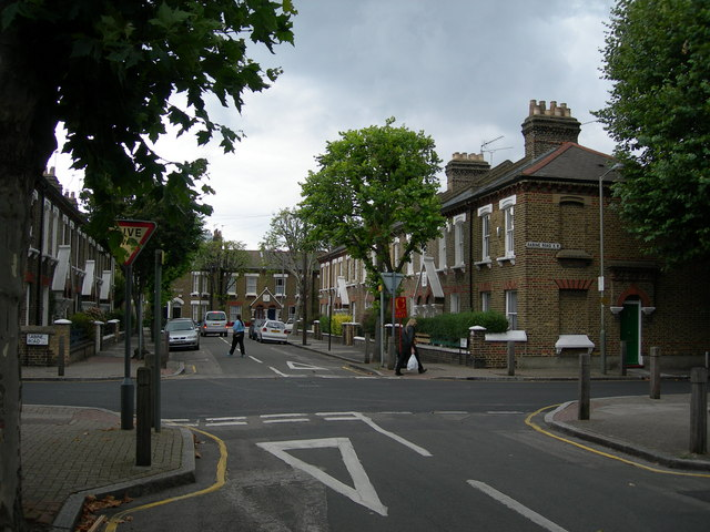 typical Shaftesbury estate road