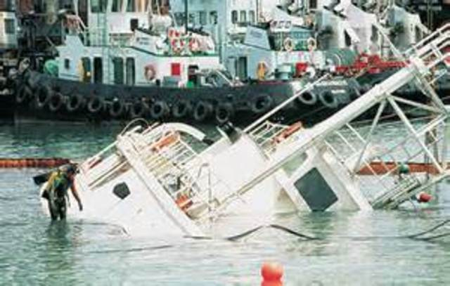 MalDia The Calypso goes down in Singapore and was later salvaged