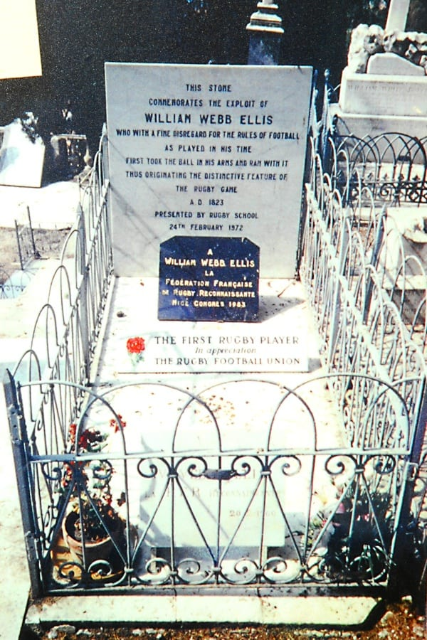 Pic The grave of William Webb Ellis