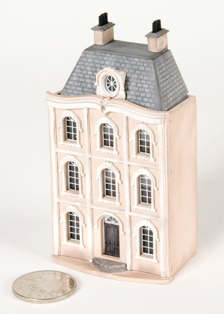 Pic Petite Properties th scale