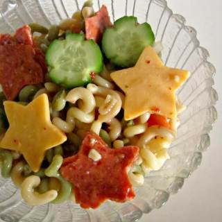 Silly Star Pasta Salad [Sponsored by Kraft #GetZesty Italian]