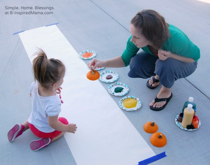 Kids Thanksgiving Table Runner Painting at B-Inspired Mama