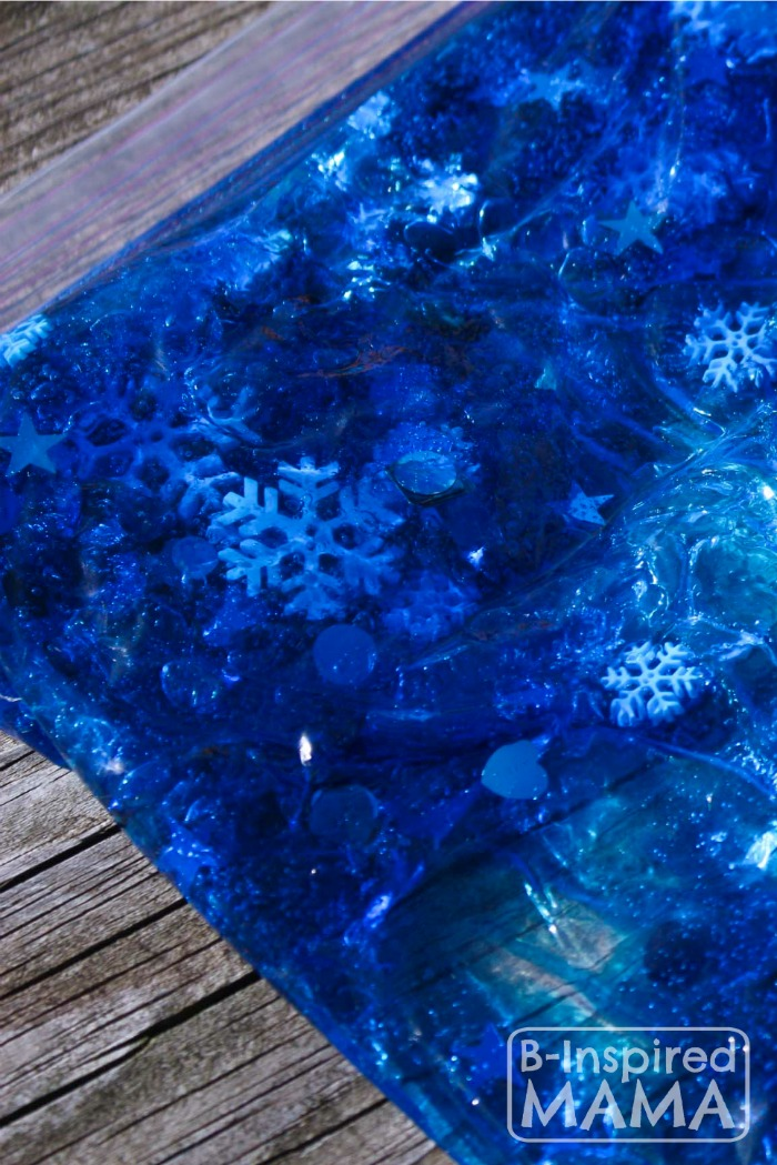 Making a Simple Snowflake Sensory Bag for No-Mess Sensory Play at B-Inspired Mama