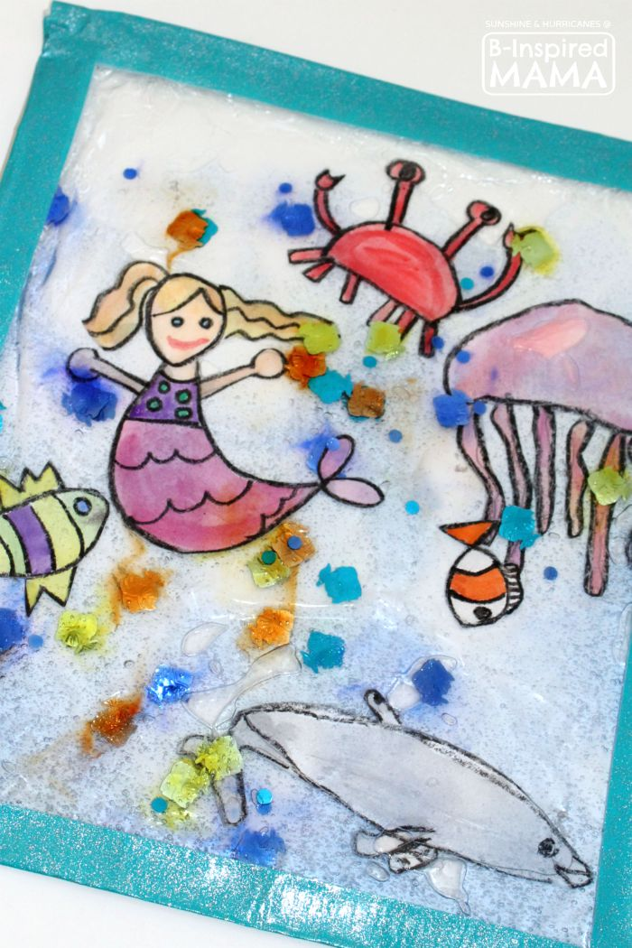 Sparkly Ocean Sensory Bag Craft for Kids - That's Perfect for Summer - at B-Inspired Mama