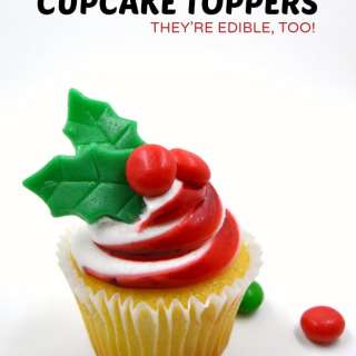 DIY Edible Cupcake Toppers for Christmas Cupcakes