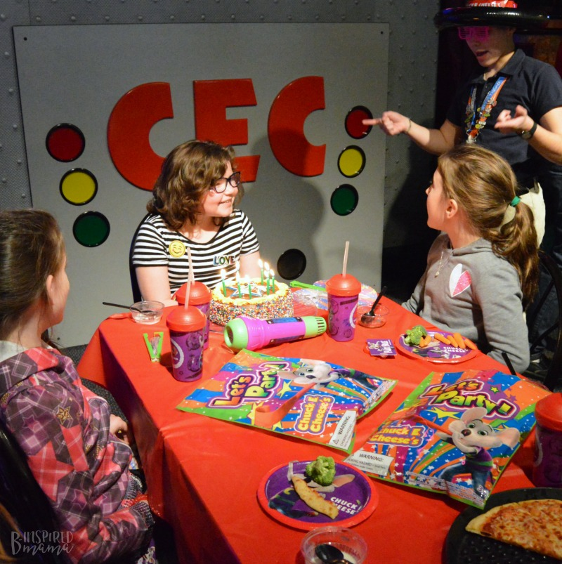 Priscilla's friends singing Happy Birthday at her Chuck E. Cheese's Birthday Party + Birthday Traditions for Kids - at B-Inspired Mama