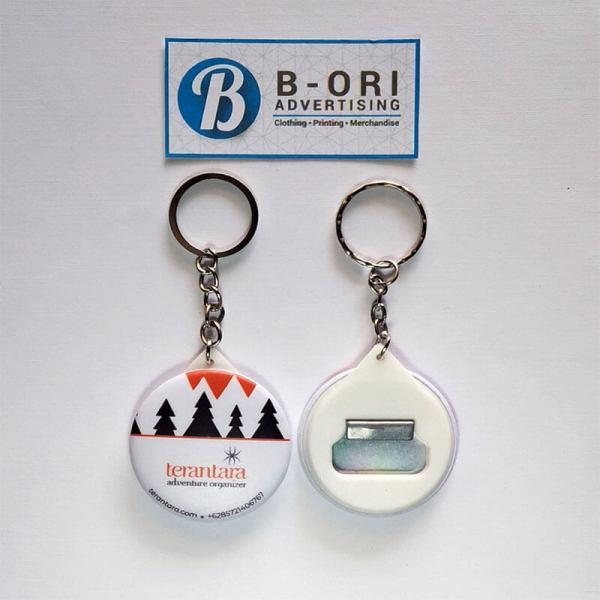 Gantungan Kunci Pin Pembuka Botol 44 mm