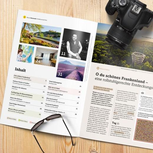 """Es ist das aufgeschlagene Reisemagazin zu sehen. Auf der linken Seite das Inhaltsverzeichnis mit fünf Bildern über Würzburg, Frankreich und das Hotel Salinengarten sowie einer blinden Frau, die eine Tastkarte entdeckt und einem Rollstuhlfahrer. Rechts die erste Seite des Artikels """"O du schönes Frankenland""""."""