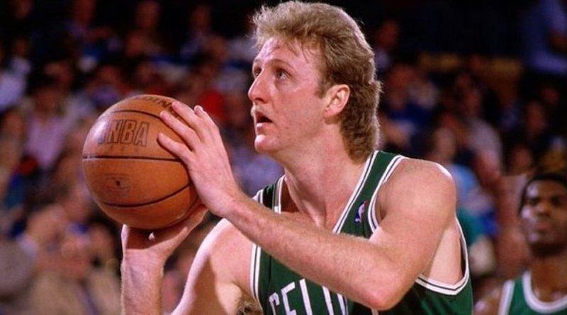 Larry Bird déplume les Hawks le 12 mars 1985 : 60 points, record en carrière