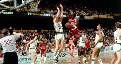 Playoffs 1986 : Michael Jordan, son match colossal à Boston avec 63 points