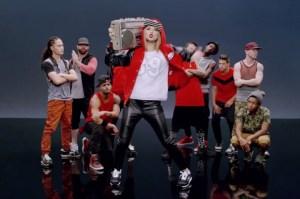 140818-taylor-swift-shake-it-off-video
