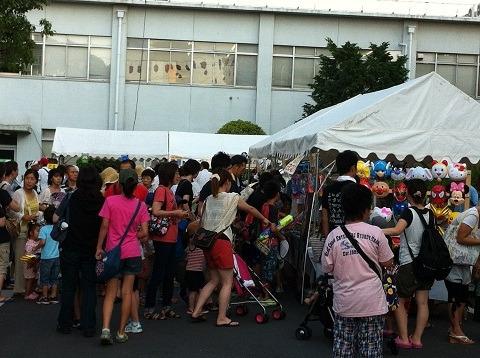 『キャタピラー納涼祭り2012』会場の様子